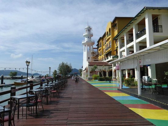 Resorts World Langkawi: The water front