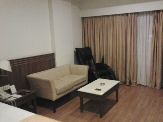 Hotel Regaalis: Room view 2