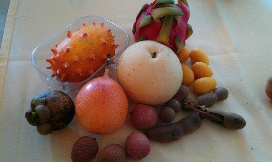 Piccola Italia: Pazar Tropik Meyveleri
