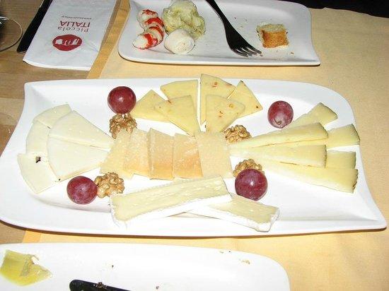 Piccola Italia: Peynir Tabağı