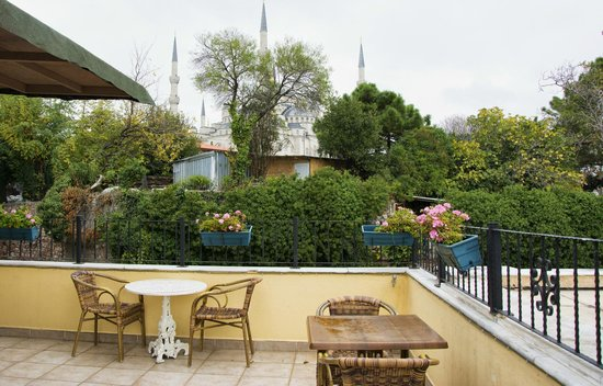 Tashkonak Hotel: Terrace on the roof