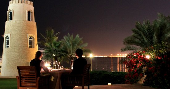 Il Teatro : Dine with your love one at our patio overlooking the Arabian Gulf.