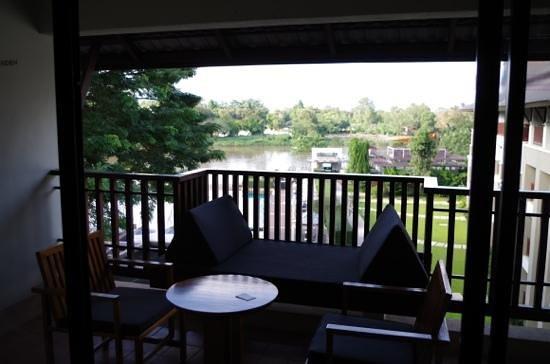 Le Meridien Chiang Rai Resort: river view room