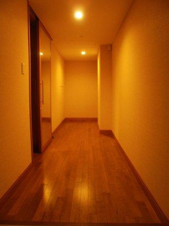 Hotel Associa Shin-Yokohama: きれいな廊下