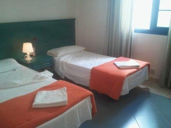 Hotel El Cabo: room