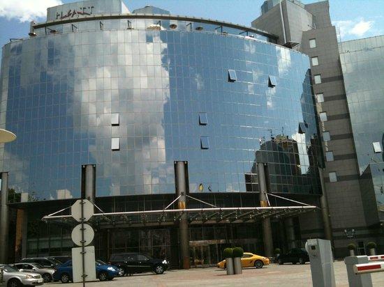 Hyatt Regency Kiev: фасад