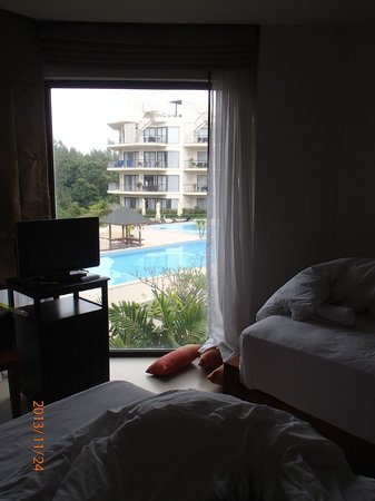 Cachet Resort Dewa Phuket - Nai Yang Beach: View from the kids' room