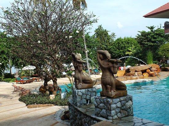Bella Villa Cabana: Бассейн