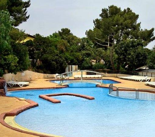 la piscine du camping bonporteau
