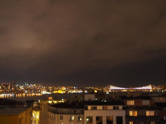 Levni Hotel & Spa : View at night