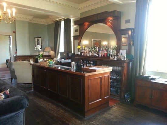 The Elms : The bar