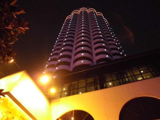 Asia Hotel: 円形の建物