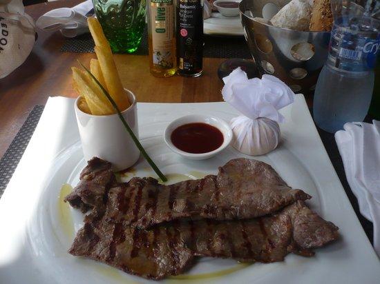 Tides Restaurant: paillard di carne