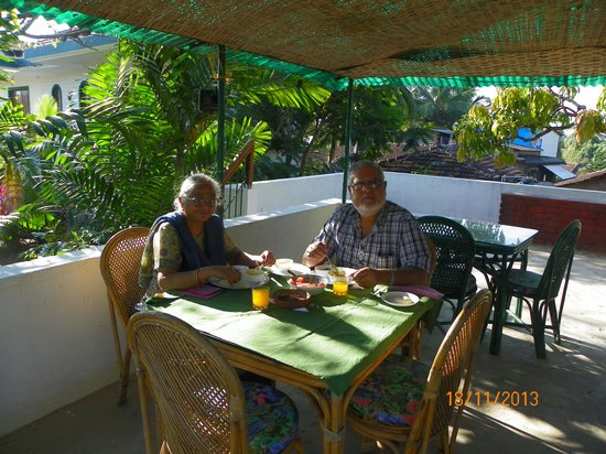 Silk Cotton Resort: Enjoying the breakfast