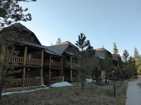 Bryce Canyon Lodge: Vista externa do Lodge no Sunset Point