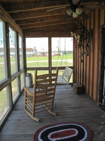 Shack Up Inn: Back porch