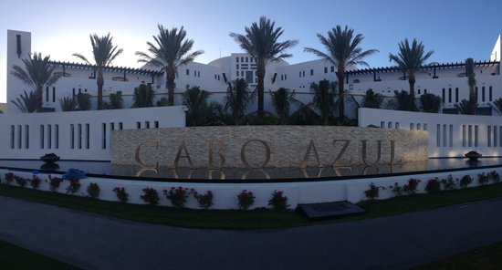 Cabo Azul Resort: New front of resort