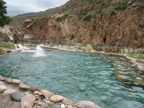 Hotel & Spa Termas Cacheuta : Piscinas naturais
