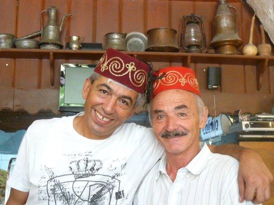 Nazar Borek & Cafe: Réfik et Pierre