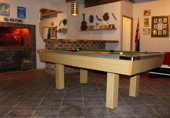 Mountain View Manor Guesthouse, Sandbaai : The Gathering games room