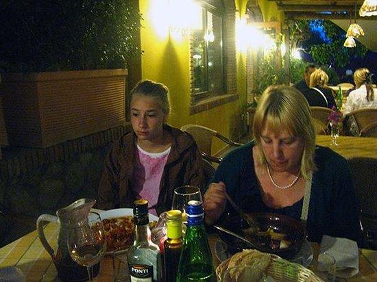 La Rotonda Sul Mare : В семейном ресторане Америго