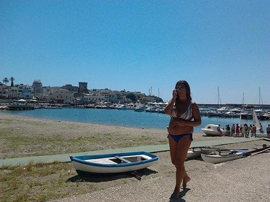 La Rotonda Sul Mare: Бесплатный пляж