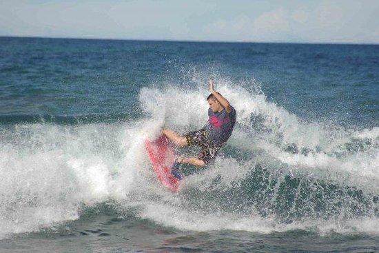 Victoria Bay : Local bodyboarder Richard KIR Poulter