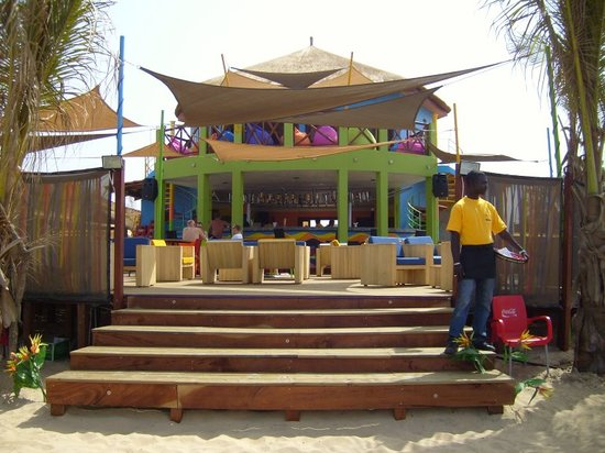 Poco Loco: entrance from the Beach Side