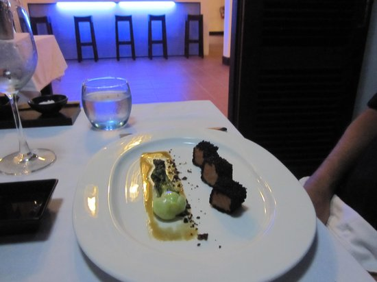 the balcony by Lanith: one of the starters