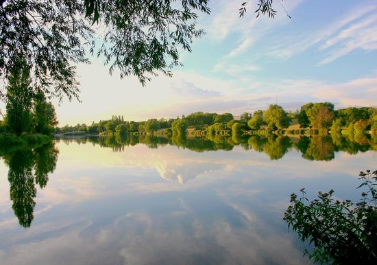 Welwyn Garden City, UK: Summers evening at Stanborough Lakes