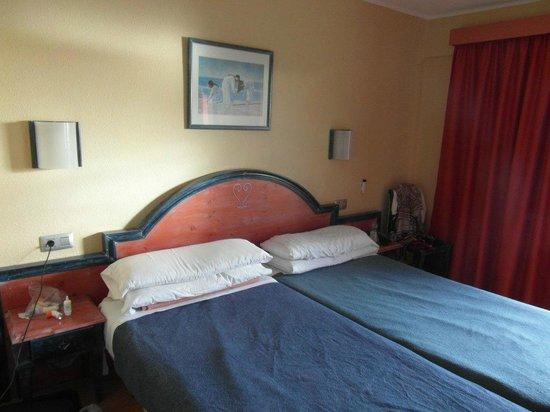 HOVIMA Jardin Caleta: breites Doppelbett