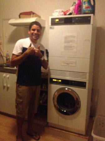 Hotel Rugenpark B&B: Máquinas de lavar e secar roupas - Quebrou um galhão!