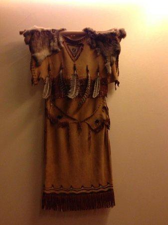 Disney's Hotel Santa Fe : Tribal Clothes
