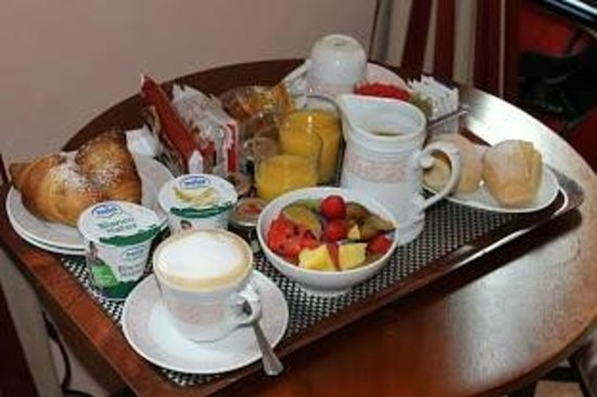 A Florence View B&B: Breakfast, Per Favore