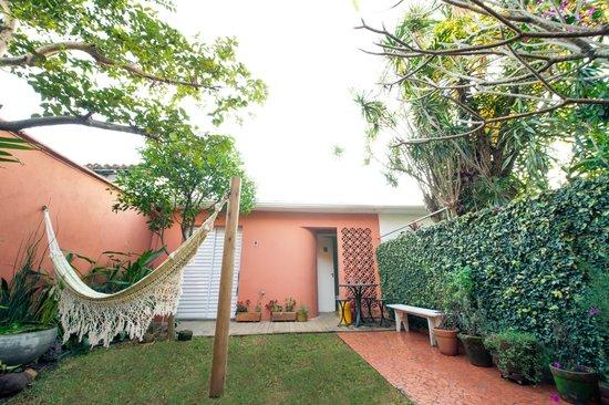 Hostel Alice: Jardim