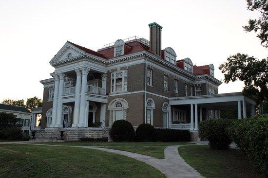 Rockcliffe Mansion: B&B