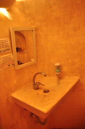 Caveland: пещерная ванная