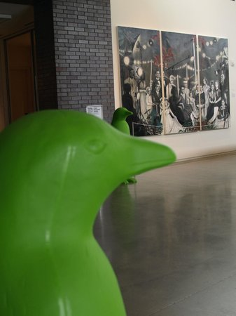 21c Museum Hotel Bentonville : They seem to follow you...
