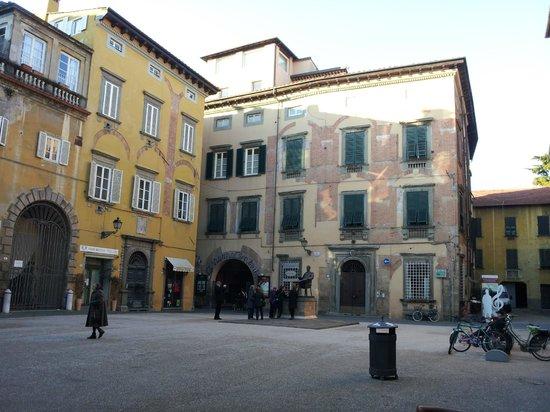 Puccini Museum - Casa natale : Frente da casa de  Puccini
