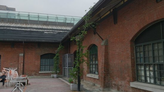 Ximen Red House - Ximending: 西門紅楼 裏手1