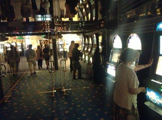 Паром с казино скачать бесплатно игровые автоматы на нокию