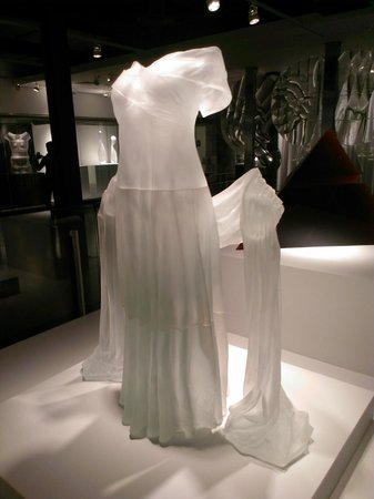 The Corning Museum of Glass: Glass Lady