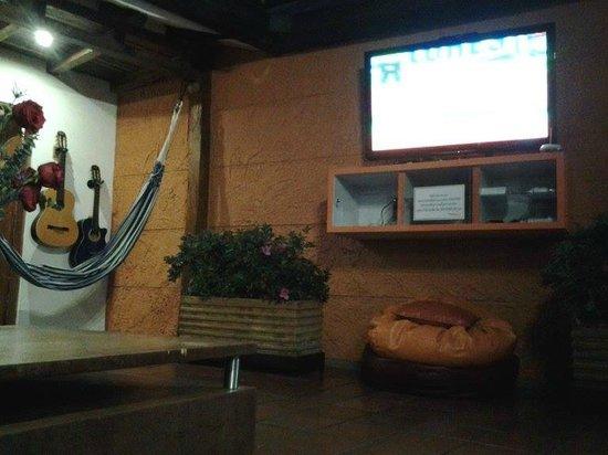 Masaya Hostel Bogotá: Zona de Tv