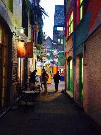 Neal's Yard: The colours of rainbow