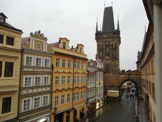 Domus Balthasar Design Hotel: Charles bridge is literally right there!