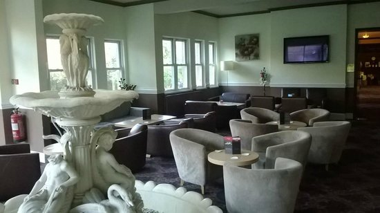 Bay Broadway Park Hotel: lounge