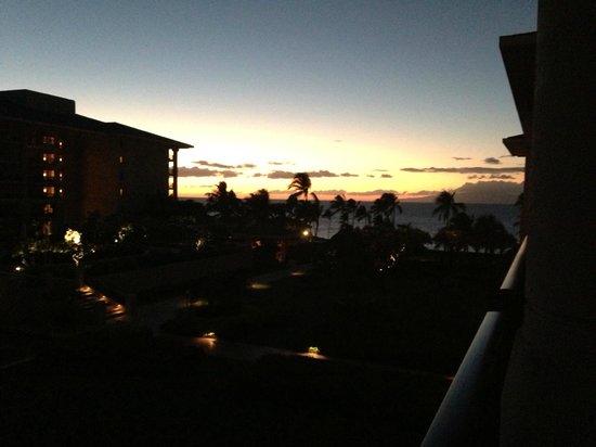 Four Seasons Resort Maui at Wailea: Partial ocean view room