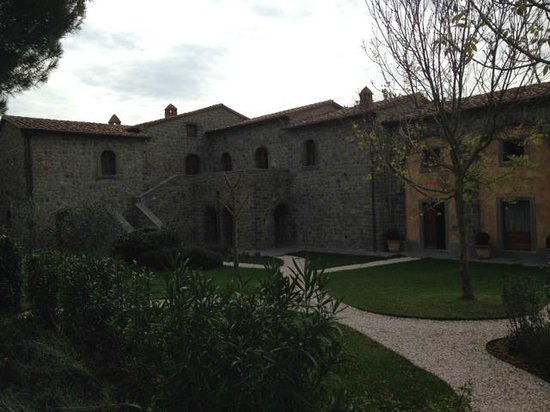 Relais La Corte dei Papi: Picture of outside of new section