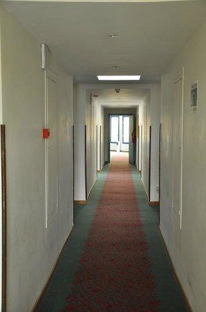 Hotel Ibis Fes : Corridoio