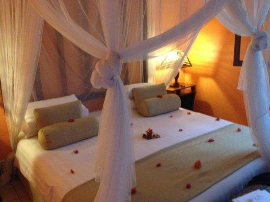 Nosy Be Hotel : camera letto